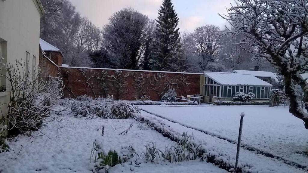 Huntley Winter